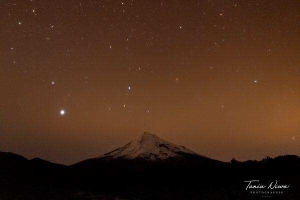 Mount Taranaki night star photo